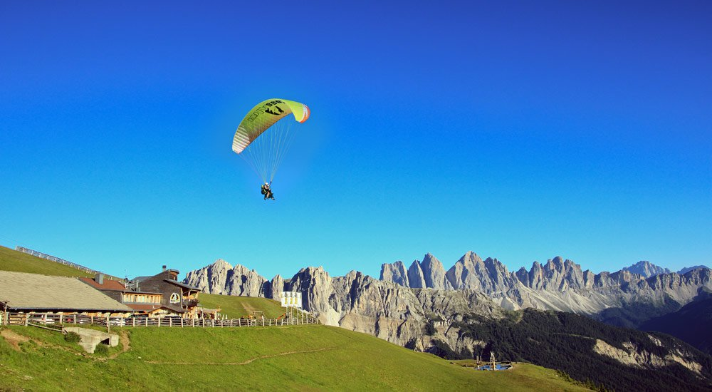 Paragliding in South Tyrol – The dream of flying