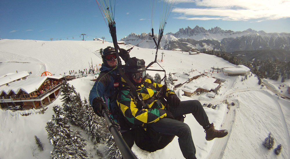 Paragliding in the winter – An unforgettable experience in South Tyrol/Isarco Valley